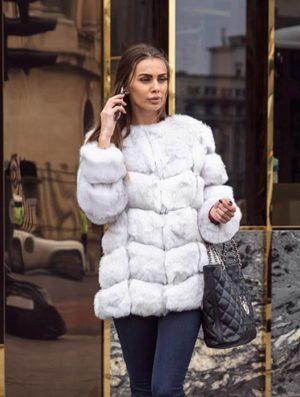 Haina de blana alba din blanita eco premium si insertii de piele foarte pufoasa si fina la atingere Snow