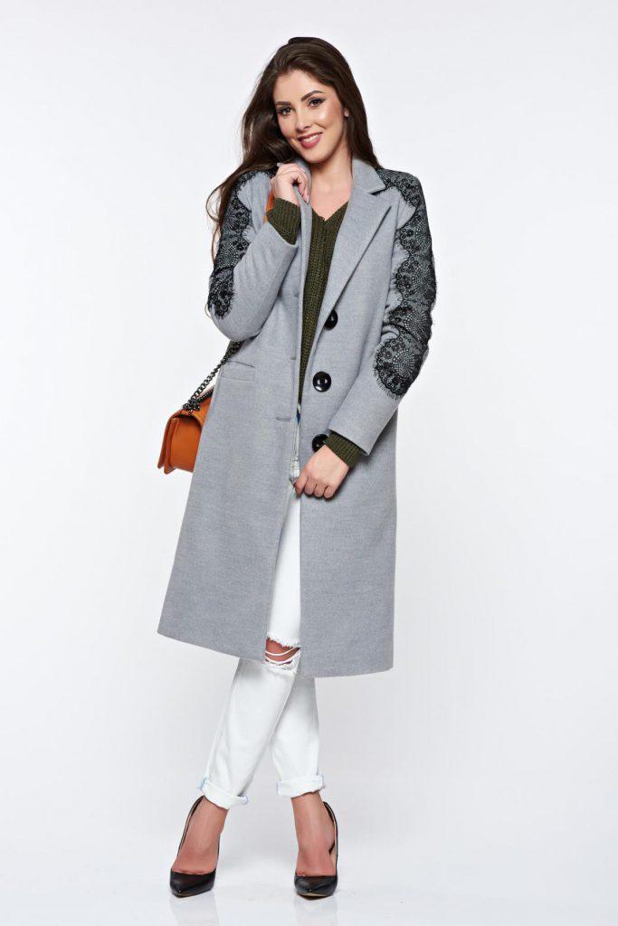 Palton elegant gri din lana cu umerii buretati si aplicatii de dantela si elemente de broderie LaDonna