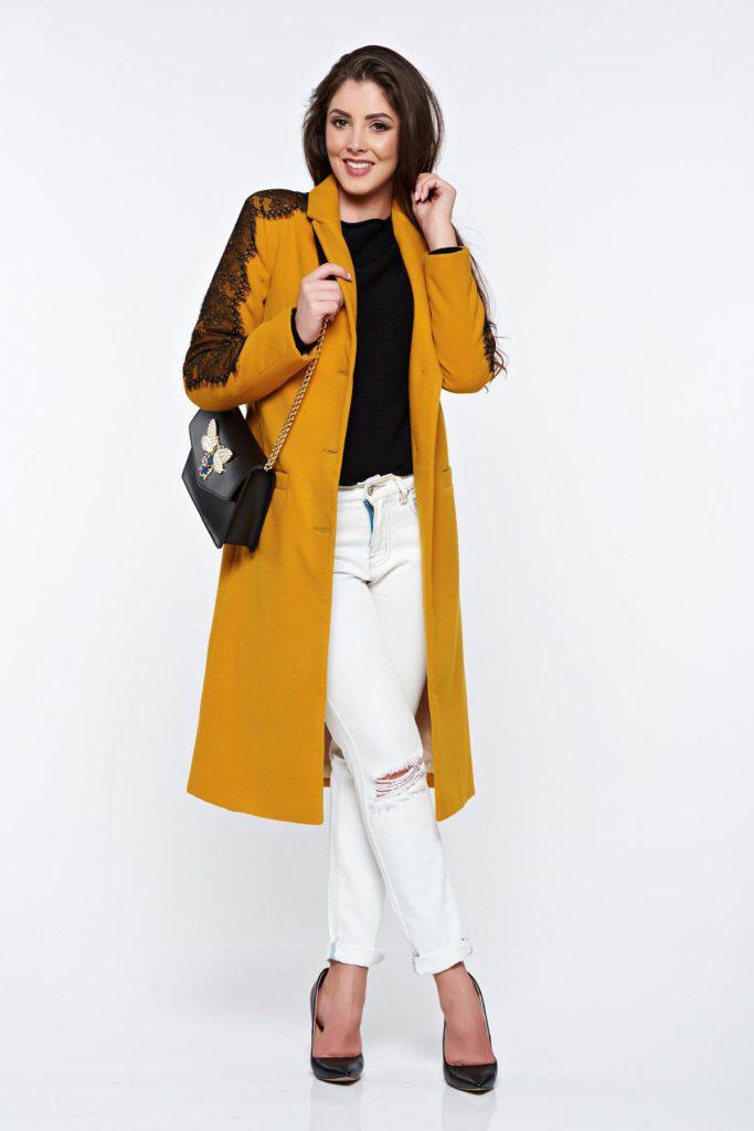 Palton elegant dama galben mustar LaDonna cu aplicatii de dantela si broderie neagra captusit pe interior