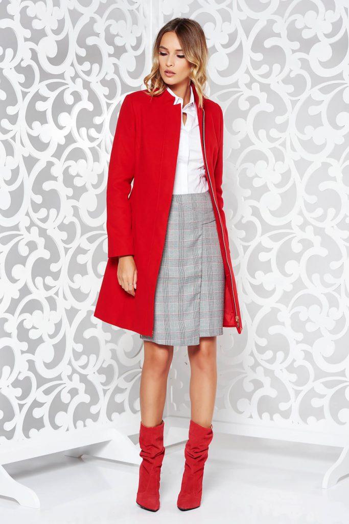 Palton rosu lung cu buzunare perfect pentru tinute casual de zi cu zi sau la birou LaDonna