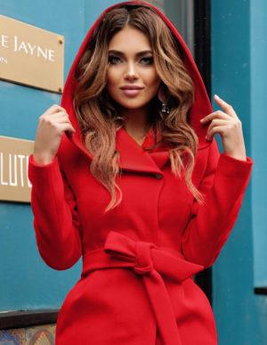 Palton cu gluga rosu elegant din stofa groasa de calitate ce tine de cald in sezonul rece Sylvie
