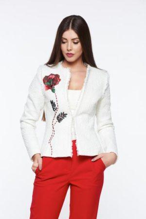 Sacou dama alb elegant cambrat LaDonna din material din jacquard original cu model distinct si aplicatii florale cu broderie