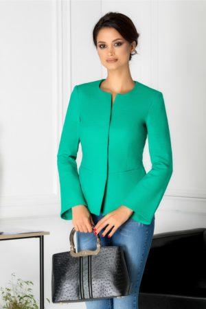 Sacou verde casual cambrat cu rever petrecut si inchidere cu capse ascunse maxi pentru un plus de eleganta Zahia