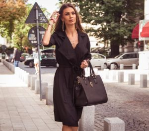 Trench Dress Army Negru marca Chic Diva pentru femei