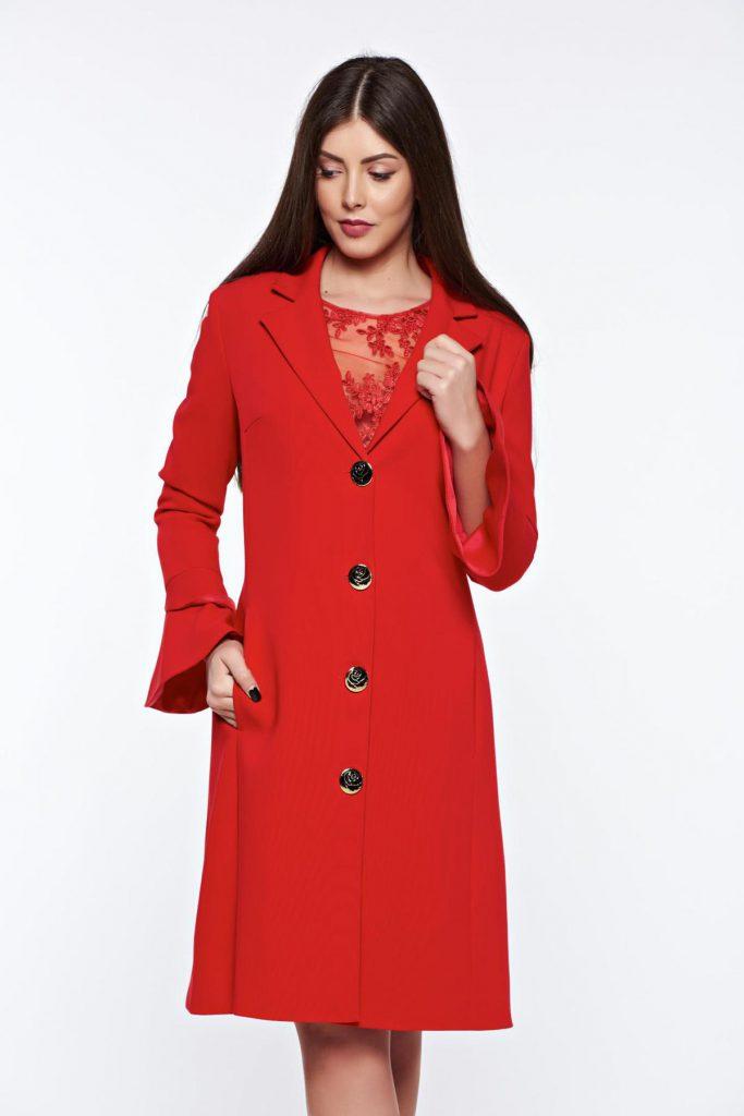 Trench rosu lung lejer si modern confecționat din stofa de calitate superioara si croiala in A LaDonna