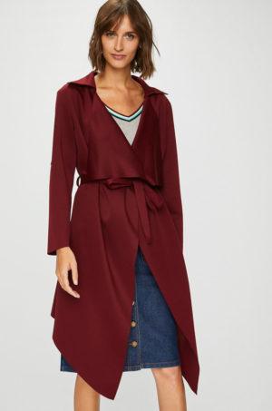 Palton casual visiniu in clos realizat din material subtire si elastic intr-o croiala asimetrica Answear