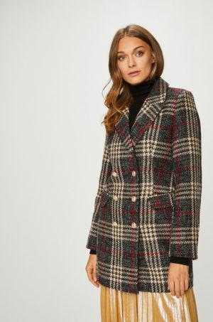 Palton dama scurt cambrat gri in carouri cu nuante de rosu si bej pentru zile reci de iarna Answear