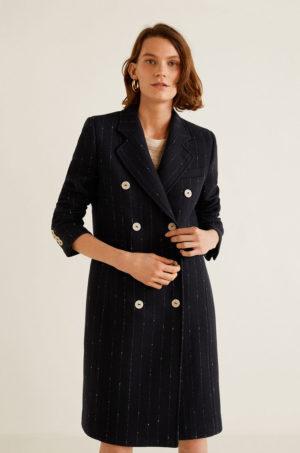 Palton drept negru lung elegant in carouri discrete cu inchidere cu nasturi Mango Adore