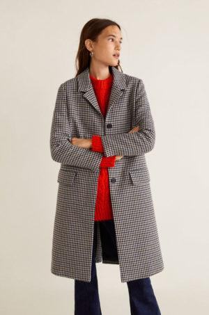 Palton calduros de iarna gri in carouri cu croiala dreapta, buzunare oblice si inchidere cu nasturi Mango Lock