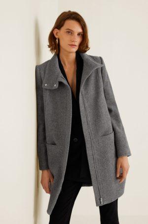 Palton dama gri calduros pentru iarna din material de lana cu guler ridicat si croiala oversize Mango Swing