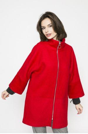 Palton rosu scurt oversize elegant cu fermoar si maneci largi prevazut cu un guler ridicat si buzunare laterale Medicine Comfort Zone