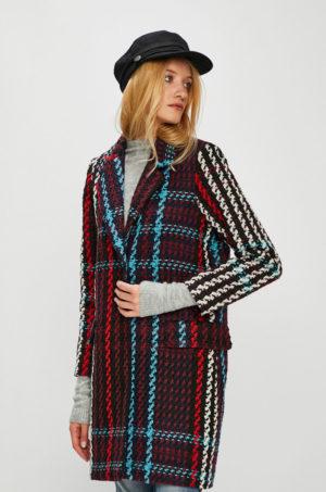 Palton dama drept elegant si modern ce tine de cald confectionat din material ornamentat Medicine Royal Purple