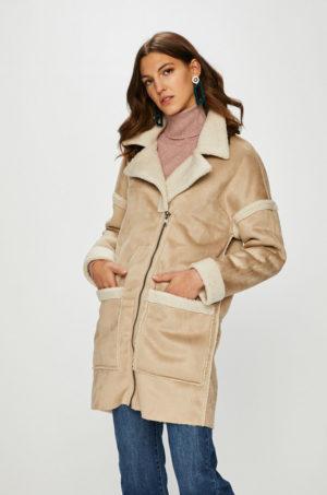 Palton imblanit bej de iarna calduros si confortabil din material placut la atingere Only Felicity