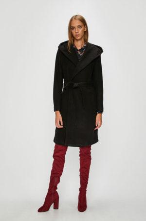 Palton negru de seara elegant si lung cu gluga moderna si curea in talie pentru un confort termic cat mai ridicat Only