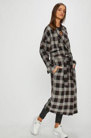 Palton dama lung elegant gri in carouri cu croiala lejera si umeri lasati accesorizat cu curea in talie Pinko