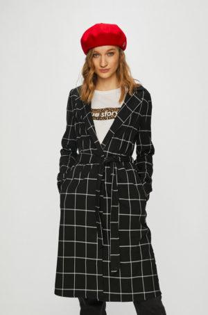 Palton dama casual negru in carouri cu croiala in clos si cordon in talie realizat din tesatura ornamentata Tally Weijl