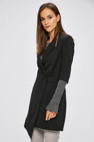 Palton dama Trendyol casual usor confectionat din material neted cu Maneca trei sferturi