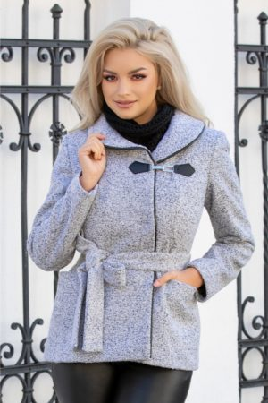 Jacheta scurta de toamna gri cu buzunare marca Leonard Collection in care te vei simti confortabil si vei arata fabulous