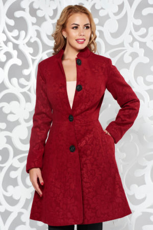 Palton visiniu elegant de ocazie cu umerii buretati realizat din stofa de cea mai buna calitate cu model floral in material Artista