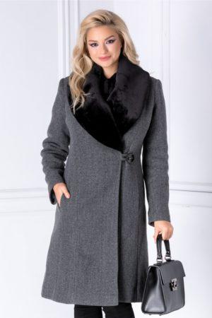 Palton lung gri petrecut de iarna cu rever din blanita detasabila pentru un plus de feminitate si eleganta LaDonna