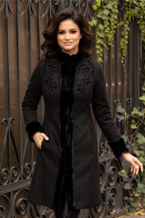 Palton de lux negru elegant de iarna realizat din din lana calduroasa cu insertii cu blanita si broderie LaDonna