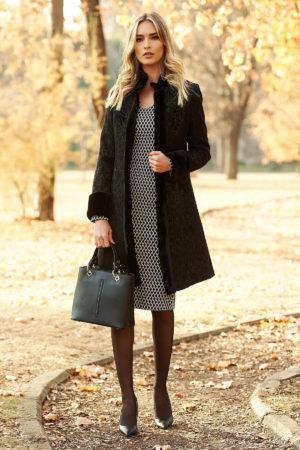 Palton lung de dama negru din lana cu model floral stilizat si accesorizat cu blanita artificiala in aceeasi nuanta LaDonna
