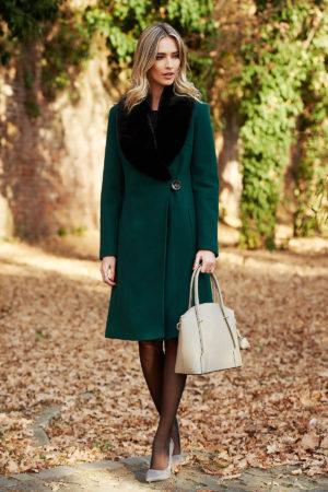 Palton lung verde inchis din stofa moale cu lana intr-o croiala feminina cambrata si incheiere cu un singur nasture LaDonna
