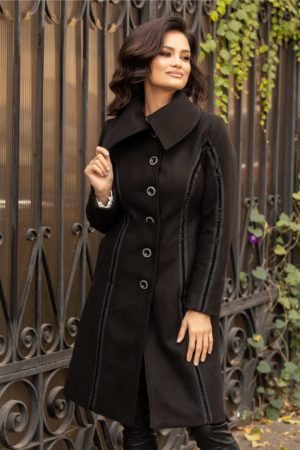Palton negru de ocazie accesorizat cu insertii din catifea cu sclipici si nasturi silver Moze
