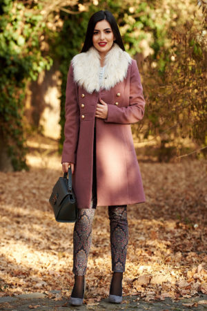 Palton mov lung din lana calduroasa si groasa foarte elegant cu croiala usor evazata si guler cu blanita alba artificiala StarShinerS