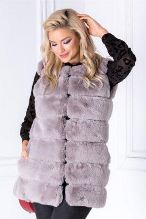 Vesta gri eleganta din blanita calduroasa cu insertii discrete de piele ecologica si buzunare laterale pentru un confort sporit Tere