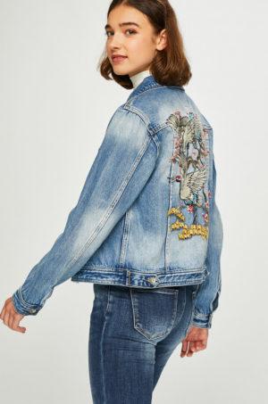 Geaca albastra de blugi Answear pentru primavara realizata din denim de bumbac decorata cu imprimeuri