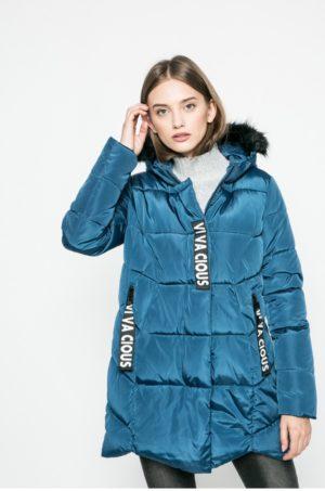 Geaca de iarna Answear albastru turcoaz cu gluga cu blanita prevazuta cu fermoar si buzunare laterale