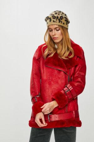 Geaca scurta rosie Pepe Jeans din imitatie de piele cu blanita si inchidere cu fermoar si curea atasata