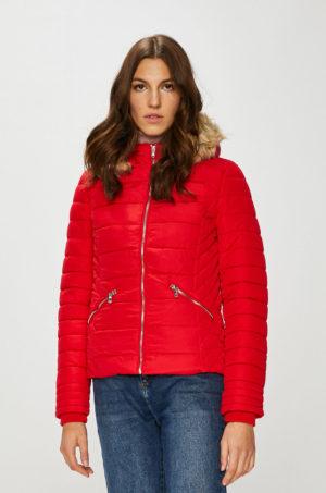 Geaca de iarna rosie scurta cu fermoar Tally Weijl matlasata prevazuta cu gluga si buzunare incheiate